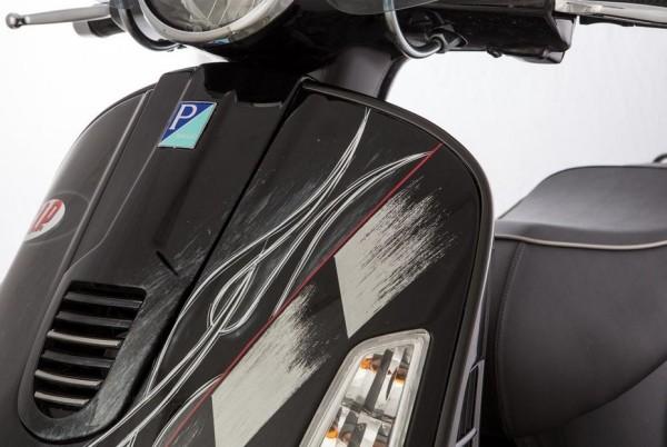 Contour tablier gauche pour Vespa GTS/GTS Super/GTV/GT 60/GT/GT L 125-300ccm (- '19), noir mat